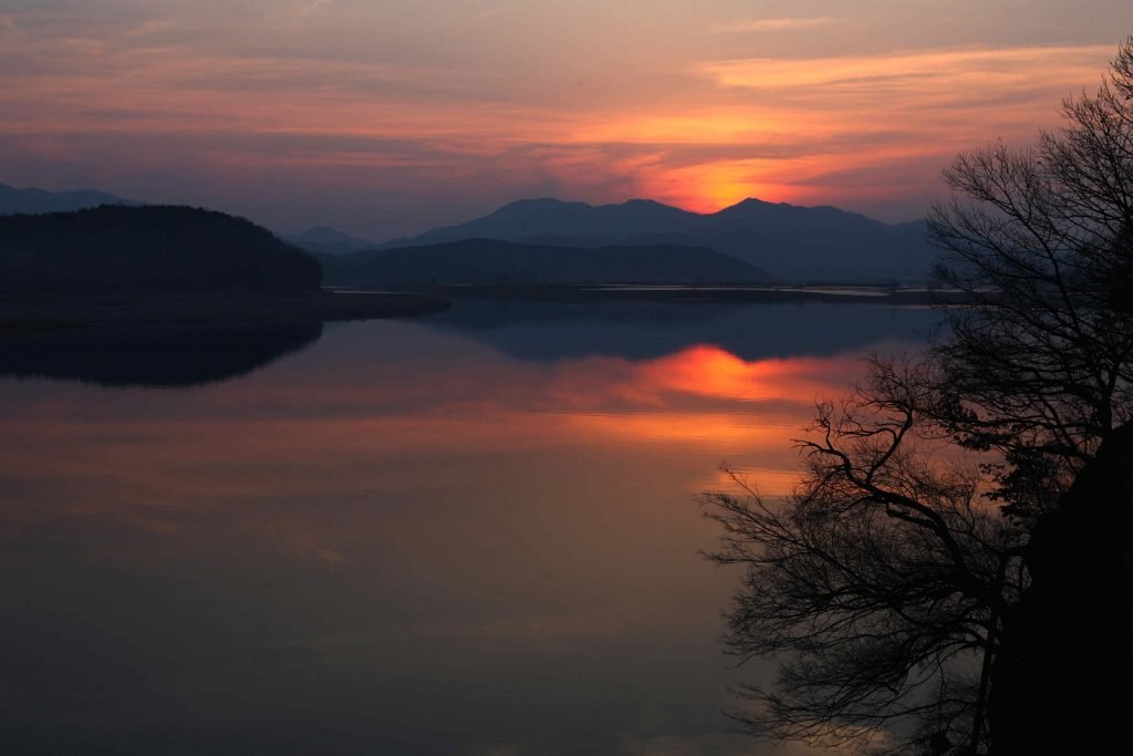 The sunset over the Nakdong River in southern Korea.