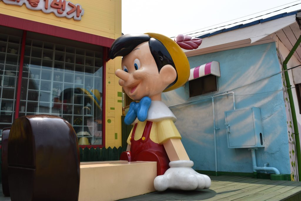 What to do in korea, here are photos of murals and statues from the fairy tale village.