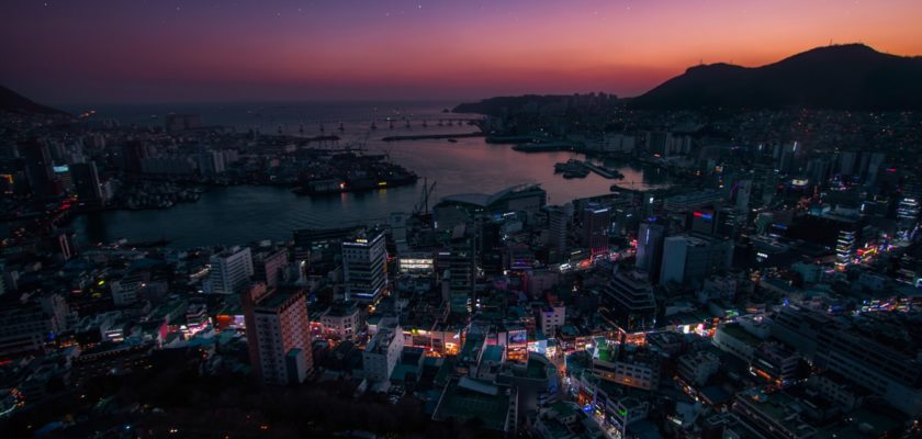 A picture of Busan at night