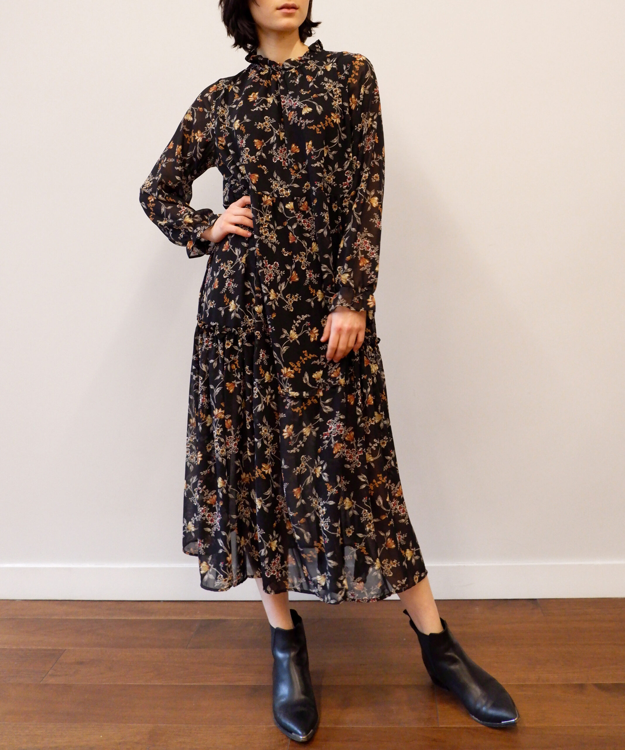Black moody floral print midi dress from The Dallant, Korean fashion online shopping site, fashion item for transitional weather in korea