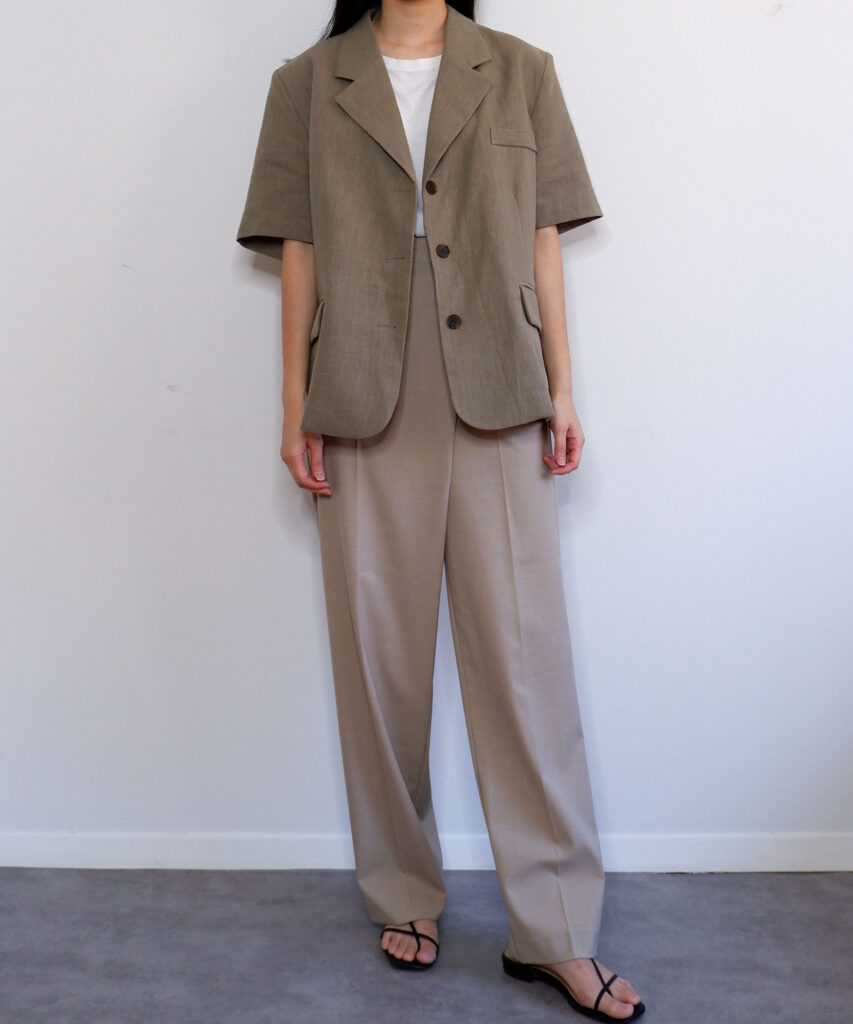 Oversized short sleeve linen blazer | The Dallant | Korean Fashion Online Shopping Site | Hot and humid korean fashion tips